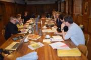 Regieteam und Vorstand bei der ersten Produktionssitzung in Altdorf. (Bild: PD, Altdorf, Sonntag, 20. Januar 2019))