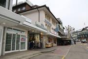 Zürcherstrasse 4: Das ehemalige «Spielhus» im Geschäftshaus am Kreisel ist für 2900 Franken pro Monat zur Vermietung ausgeschrieben.