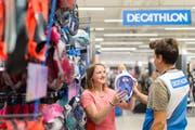 Decathlon bietet an diesem Sommer Sportartikel im Emmen Center an. (Bild: PD)