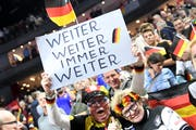 Ausnahmezustand: Die Deutschen sind im WM-Fieber. (Bild: Federico Gambarini/Keystone (Köln, 21. Januar 2019)
