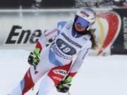 Corinne Suter im Ziel nach dem Abschlusstraining zur Weltcup-Abfahrt in Garmisch-Partenkirchen (Bild: KEYSTONE/dpa/STEPHAN JANSEN)