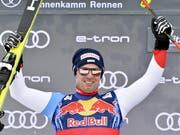 Beat Feuz freut sich auch über den zweiten Platz ohne Einschränkung (Bild: KEYSTONE/APA/APA/HERBERT NEUBAUER)