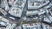 Heutige Situation an Bohl und Marktplatz: Gut erkennbar ist links die bogenförmige Calatrava-Halle sowie in der Mitte die Rondelle, die abgebrochen werden soll. (Bild: Michel Canonica)