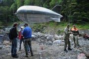 Testflug für den Zeppelin in Zusammenarbeit mit dem Zivilschutz. (Bild: Corinne Glanzmann (Engelberg, 27. August 2008))