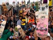 Skateboards haben einen hohen Sammlerwert, wie eine Versteigerung in den USA zeigte. (Bild: KEYSTONE/EPA/ROLEX DELA PENA)