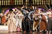 Ein Spektakel für Aug und Ohr: Operettenbühne Vaduz feiert gelungenen Einstand. (Bild: Paul J. Trummer).