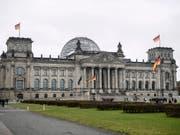 Die Unionsparteien verlieren in einer regelmässigen Wählerumfrage in ihrer Popularität in Deutschland. (Bild: KEYSTONE/EPA/CLEMENS BILAN)