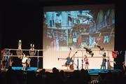 Auf der Bühne im Rotkreuzer Dorfmattsaal zeigten die Turner und Turnerinnen ihr Können. (Bild: Maria Schmid (26. Januar 2019))