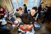 Das Hotel Schweizerhof stand am Sonntag im Zeichen der Kunst - und zwar jener auf weiblichen Gesichtern. (Bild: Jakob Ineichen, Luzern, 27. Januar 2019)