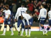 Grosse Enttäuschung bei Tottenham: Die Londoner scheiden auch im FA-Cup aus (Bild: KEYSTONE/AP/TIM IRELAND)