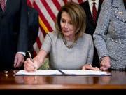 Die Vorsitzende des US-Repräsentantenhauses, die Demokratin Nancy Pelosi. (Bild: KEYSTONE/AP/ANDREW HARNIK)