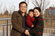 Wang Quanzhang im Februar 2015 mit seiner Familie in Shandong. (Bild: Wang Quanxiu/AP)
