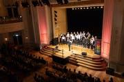 Impression der ersten Chornacht von 2018: Es traten 31 Chöre an 9 Standorten in der Stadt Zug auf. (Bild: Roger Zbinden (Zug, 15. September 2018))