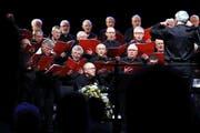 Der Männerchor Hünenberg beim Laetare-Konzert mit den Männerchören Zug und Cham im März 2018 im Casino Zug. (Bild: Werner Schelbert)