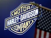 Vollbremsung bei Harley-Davidson: Der Gewinn ist im vierten Quartal von über 8 Millionen auf eine halbe Million Dollar eingebrochen. (Bild: KEYSTONE/AP/RICHARD DREW)