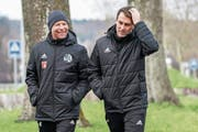 FCL-Trainer René Weiler (rechts) mit seinem neuen Assistenten Manuel Klökler. (Bild: Andy Müller/Freshfocus (Luzern, 2. Januar 2019))