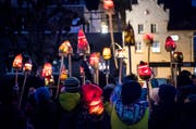 Noch heute wird in Weinfelden mit einem Umzug durchs Dorf die Bochselnacht gefeiert. (Bild: Andrea Stalder)