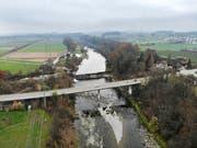 Das Hochwasserschutzprojekt betrifft einen 3,7 Kilometer langen Thurabschnitt oberhalb der Rothenhauser Brücke; im Hintergrund links ist die umstrittene Exerzierwiese zu sehen. (Bild: Reto Martin)