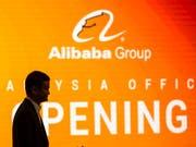 Das abgeschwächte Wachstum von Alibaba dürfte Sorgen von Investoren verstärken: Die Umsatzzahlen des chinesischen E-Commerce-Giganten werden häufig als Messlatte für die Konsumausgaben in der zweitgrössten Volkswirtschaft gesehen. (Bild: KEYSTONE/EPA/AHMAD YUSNI)