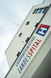 Das 1892 gegründete Liechtensteinische Landesspital hat 71 Betten. (Bild: Günther Meier)