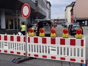 Der Sprengstoff-Fund löste ein Grosseinsatz der Polizei aus. Mehrere Strassen wurden gesperrt. (Bild: KEYSTONE/dpa/ULI DECK)