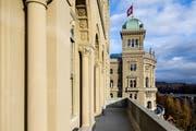 Das Bundeshaus in Bern. Am 20. Oktober wählen die Luzerner die neun National- und zwei Ständeräte. (Bild: Peter Klaunzer/Keystone)