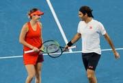 Roger Federer und Belinda Bencic treffen im Final auf Deutschland. Bild: Trevor Collens / AP (Perth, 3. Januar 2019)