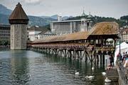 Die Kappellbrücke in Luzern. (Bild: Pius Amrein)