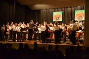 Absoluter Höhepunkt: Über 80 Musizierende zelebrieren die «Slavonicka Polka» von Vladimir Fuka. (Bild: Christine Gregorin)