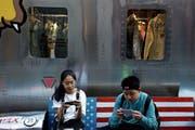 Auf die US-Strafzölle reagierte China seinerseits mit Gegenzöllen auf amerikanische Produkte im Wert von 120 Milliarden Dollar. (Bild: Andy Wong/AP; Peking, 24. September 2018)