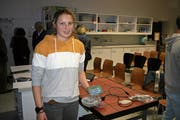 Hannah Müller aus Buochs hat für ihre Maturaarbeit eine Schlagzahluhr für den Kanusport gebaut. (Bild: Sepp Odermatt (Buochs, 21. Dezember 2019))