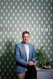 Stefan Hermann (hier im Gemeindehaus) lebt seit 2005 in Walchwil. (Bild: Stefan Kaiser (26. November 2018))