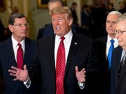 Das Treffen von US-Präsident Donald Trump mit ranghohen Demokraten zur Beendigung der Haushaltsblockade ist am Mittwoch im Streit geendet. (Bild: KEYSTONE/FR159526 AP/JOSE LUIS MAGANA)