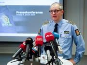 Polizeisprecher Tommy Brøske steht den Medien im Entführungsfall Red und Antwort. (Bild: KEYSTONE/EPA NTB SCANPIX/OLE BERG-RUSTEN)