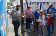 Das traditionelle Kinderfischen an der Seelisberger Kilbi lockte bereits im vergangenen Jahr viele junge Besucher an. (Bild: Christoph Näpflin, Seelisberg, 6. Oktober 2018)
