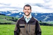 Remo Ziegler schloss die Ausbildung zum Förster Ende September erfolgreich ab. (Bild: PD)
