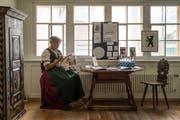 Regelmässig ist Verena Schiegg im Museum Appenzell und zeigt dort ihr Handwerk. (Bilder: Michel Canonica)