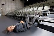 Schauspieler Matthias Neukirch im Schiffbau Zürich: Vor einer Premiere fallen ihm die Augen zu. (Bild: André Albrecht (Zürich, 28. September 2019))