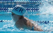 Die Nachwuchsschwimmerin trainiert sechsmal in der Woche. (Bild: PD)