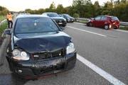 Beide am Unfall beteiligten Fahrzeuge erlitten einen Totalschaden.