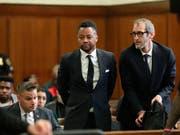 """Vorwurf der sexuellen Belästigung: US-Schauspieler Cuba Gooding Jr. (""""Jerry Maguire») beim Verlesen der Anklage im Gerichtssaal in New York. (Bild: KEYSTONE/AP New York Daily News/ALEC TABAK)"""