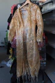 Ein Kostüm aus Naturlatex als zweite Haut.