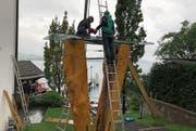 Wird demontiert: Die Marien-Linde-Skulptur in Kehrsiten.Bild: PD