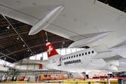 Der Vorzeige-Flieger von Bombardier soll der Swiss Treibstoff und damit Geld sparen, nun machen die Triebwerke grosse Probleme. (Bild: Walter Bieri/Keystone)