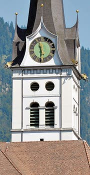 Der Glockenturm der Pfarrkirche St. Maria Magdalena in Alpnach OW gehört mit seinen 91 Metern zu den höchsten weit und breit. Er ist einer von 14 Türmen, die besichtigt werden können. (Bild: Andreas Faessler)