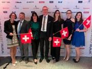 Adelheid Gsell mit der Schweizer Delegation in Berlin. (Bild: PD)