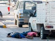 Drogenkartell unterschätzt: In Unterzahl mussten mexikanische Soldaten den Sohn des bekanntesten mexikanischen Drogenbosses wieder laufen lassen, als sie in eine Schiesserei mit letztlich acht Todesopfern gerieten. (Bild: KEYSTONE/AP/AUGUSTO ZURITA)