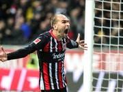 Frankfurts Bas Dost schreit die Freude über seinen Treffer raus. (Bild: KEYSTONE/EPA/ARMANDO BABANI)