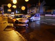 Beim Linksabbiegen nicht aufgepasst hat eine Automobilistin in Münchenstein.
