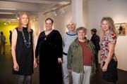 Die ausstellenden Künstlerinnen und Künstler: Sascha Alexa Martin Müller, Francesca Bertolosi, Muda Mathis und Sus Zwick (von links). (Bild: Ralph Ribi)